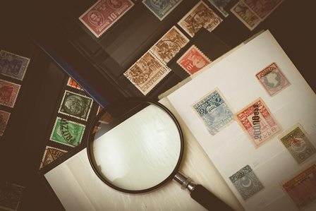 Examine real estate photos to avoid surprises